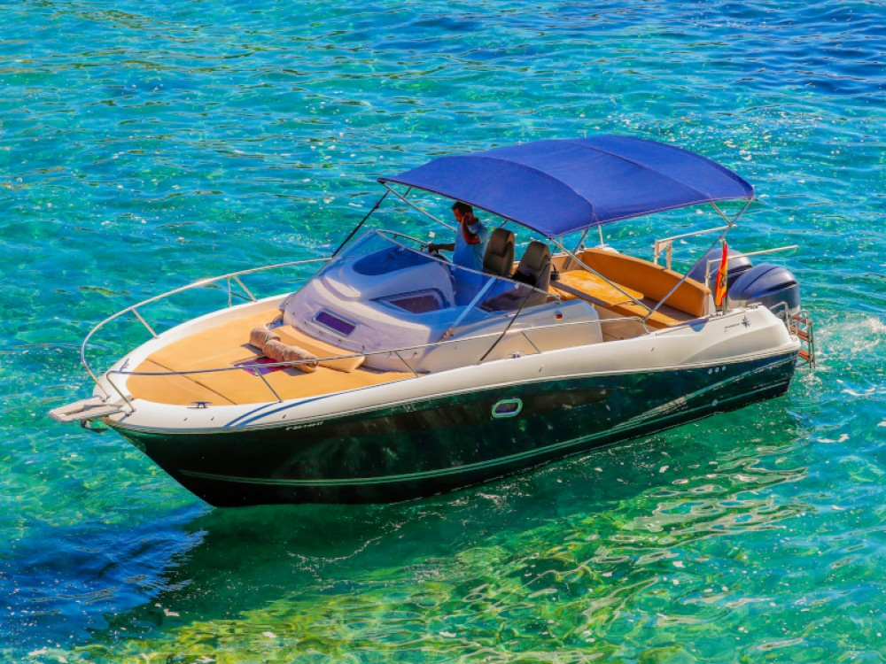 Hire Motorboat with or without skipper Jeanneau Ibiza