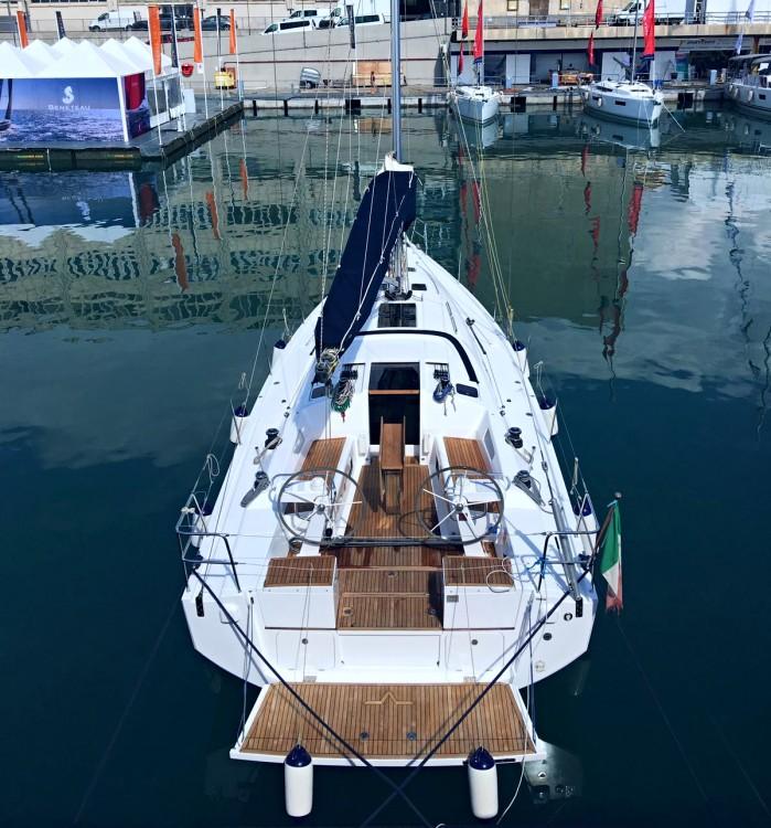 Rental yacht Nettuno - Azuree Azuree 41 on SamBoat