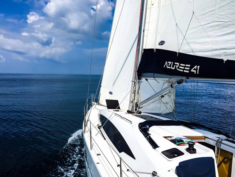 Sailboat for rent Nettuno at the best price