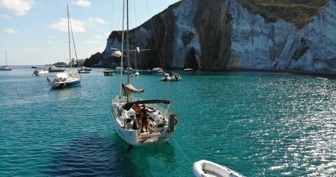 Rental yacht Nettuno - Jeanneau Sun Odyssey 349 on SamBoat