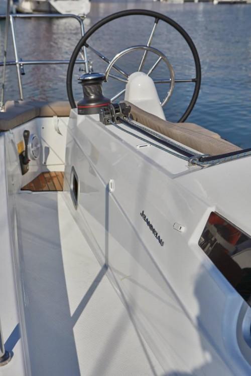 Boat rental Orhaniye Mahallesi cheap Sun Odyssey 410