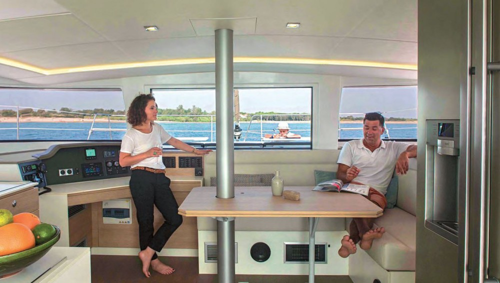 Rental Catamaran Bali with a permit