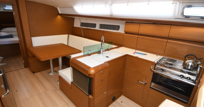 Jeanneau Sun Odyssey 419 between personal and professional Dubrovnik