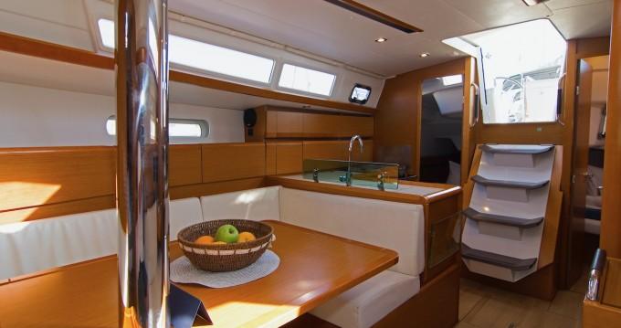 Boat rental Split cheap Sun Odyssey 389