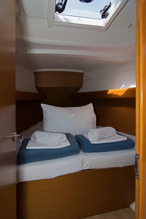 Rental yacht Split - Jeanneau Sun Odyssey 389 on SamBoat