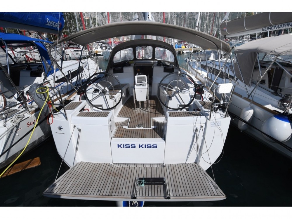 Hire Sailboat with or without skipper Jeanneau ACI Marina Dubrovnik
