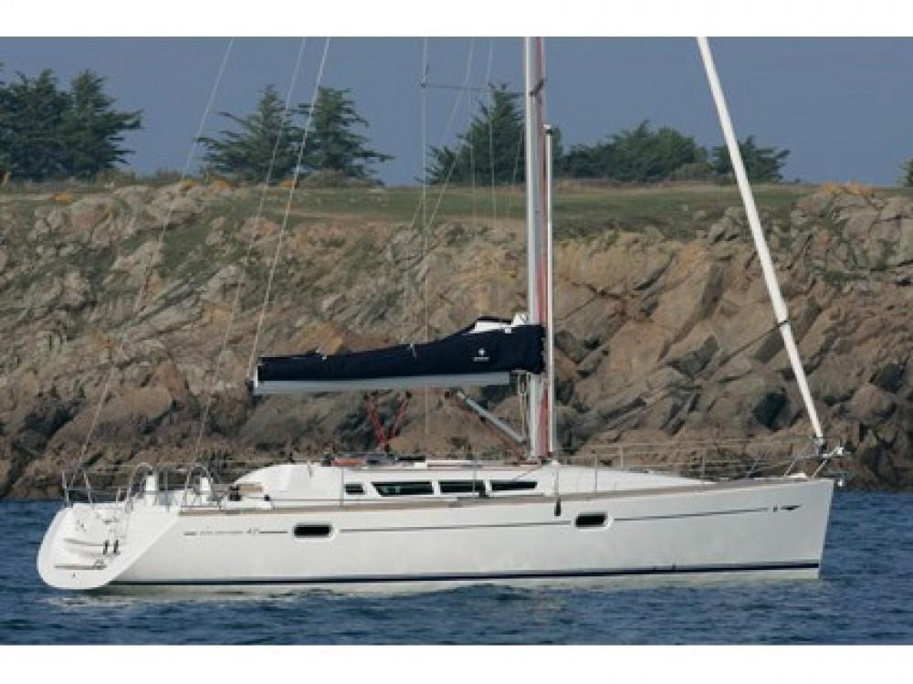 Boat rental Jeanneau Sun Odyssey 42i in Komolac on Samboat
