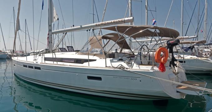 Rent a Jeanneau Sun Odyssey 509 Split