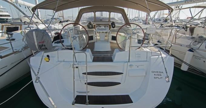 Boat rental Jeanneau Jeanneau 53 in Split on Samboat