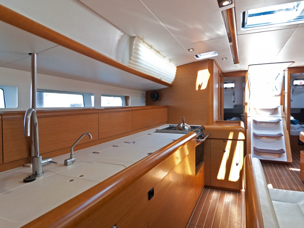 Jeanneau Sun Odyssey 509 between personal and professional Split