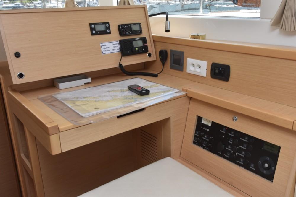 Rental Catamaran in  - Lagoon Lagoon 39