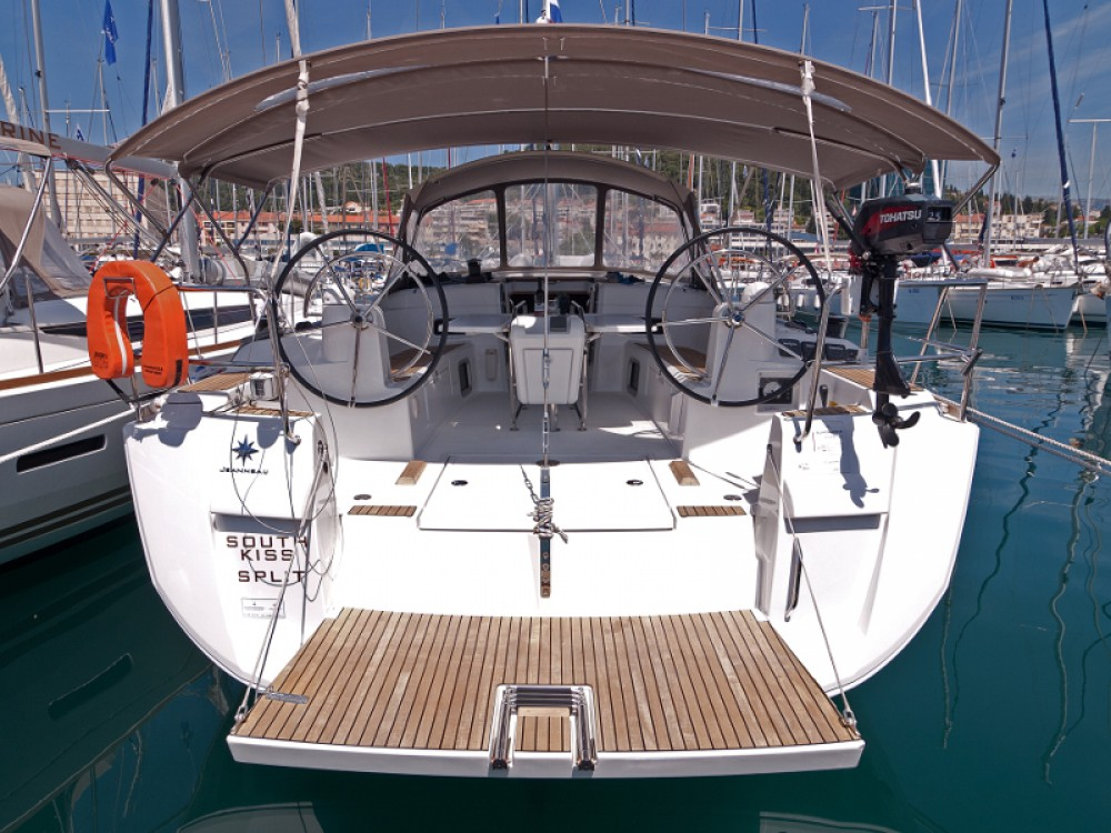 Rental Sailboat in  - Jeanneau Sun Odyssey 469