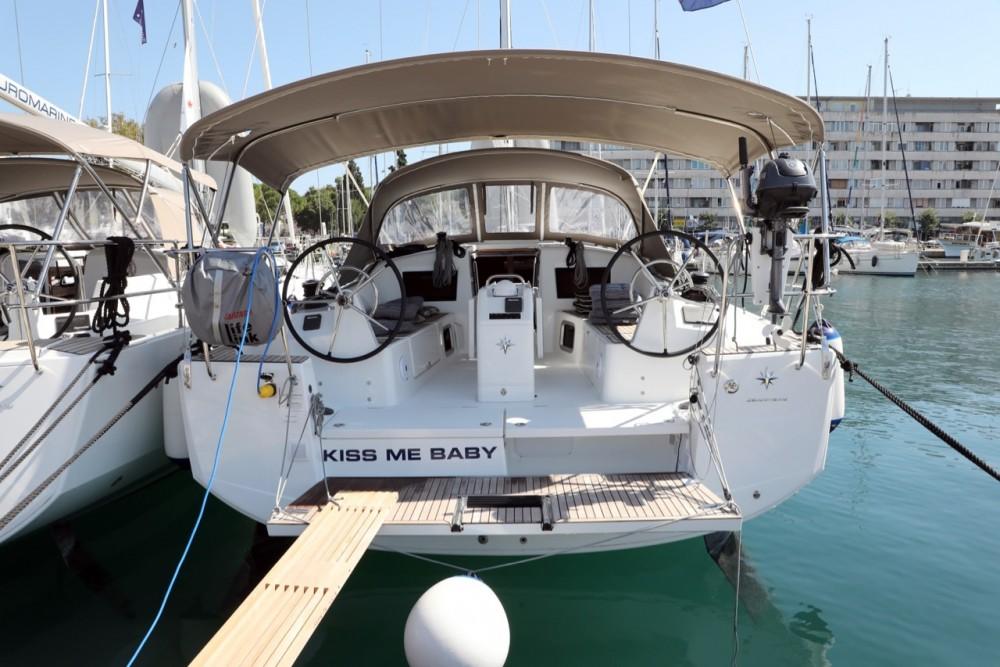 Rent a Jeanneau Sun Odyssey 410 Pula