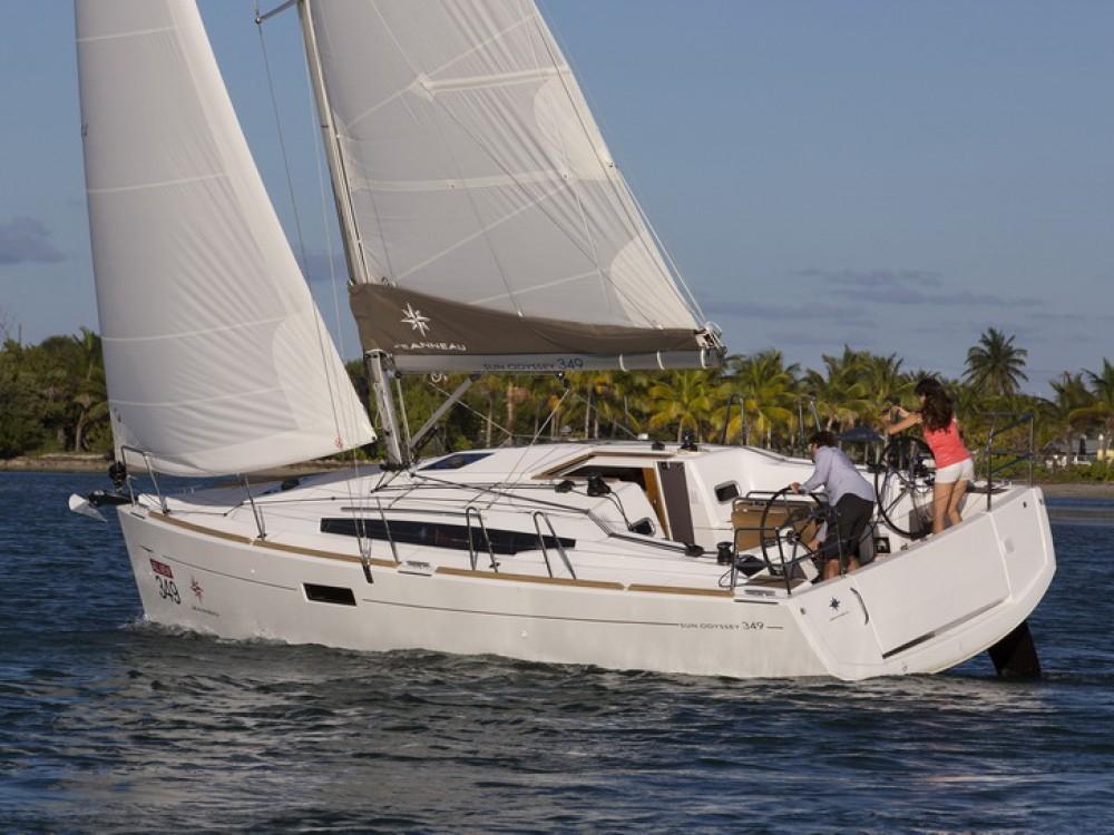 Boat rental Jeanneau Sun Odyssey 349 in Komolac on Samboat