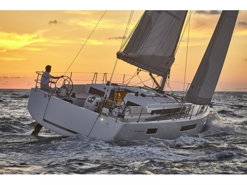 Jeanneau Sun Odyssey 440 between personal and professional Grad Pula
