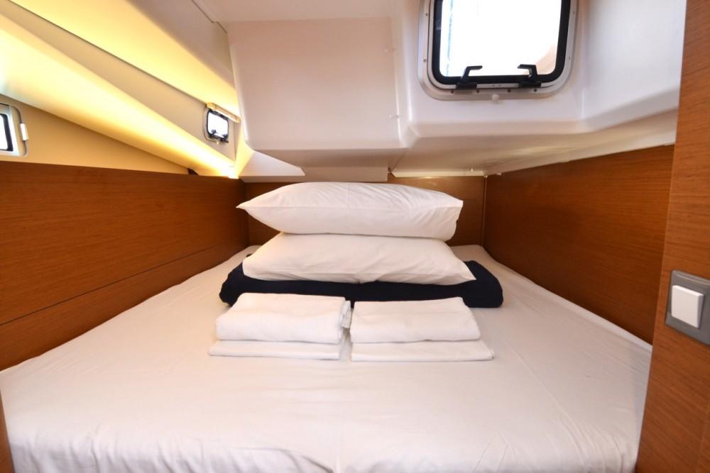 Boat rental Komolac cheap Sun Odyssey 440