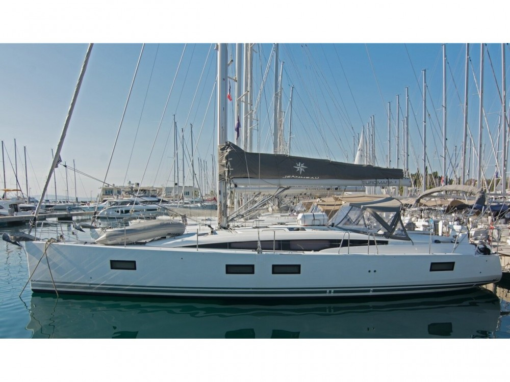 "Boat rental Jeanneau Jeanneau 51 ""LUXE"" in Split on Samboat"