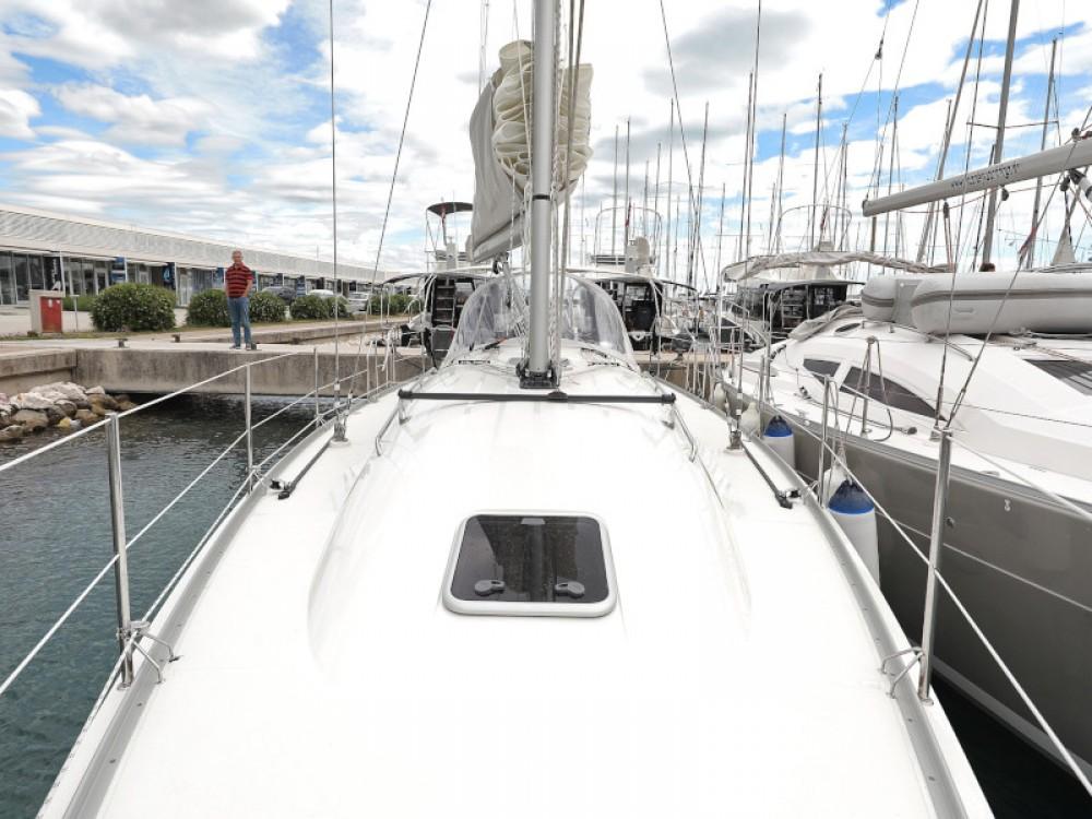 Rental yacht Sukošan - Cobra Cobra 38 on SamBoat