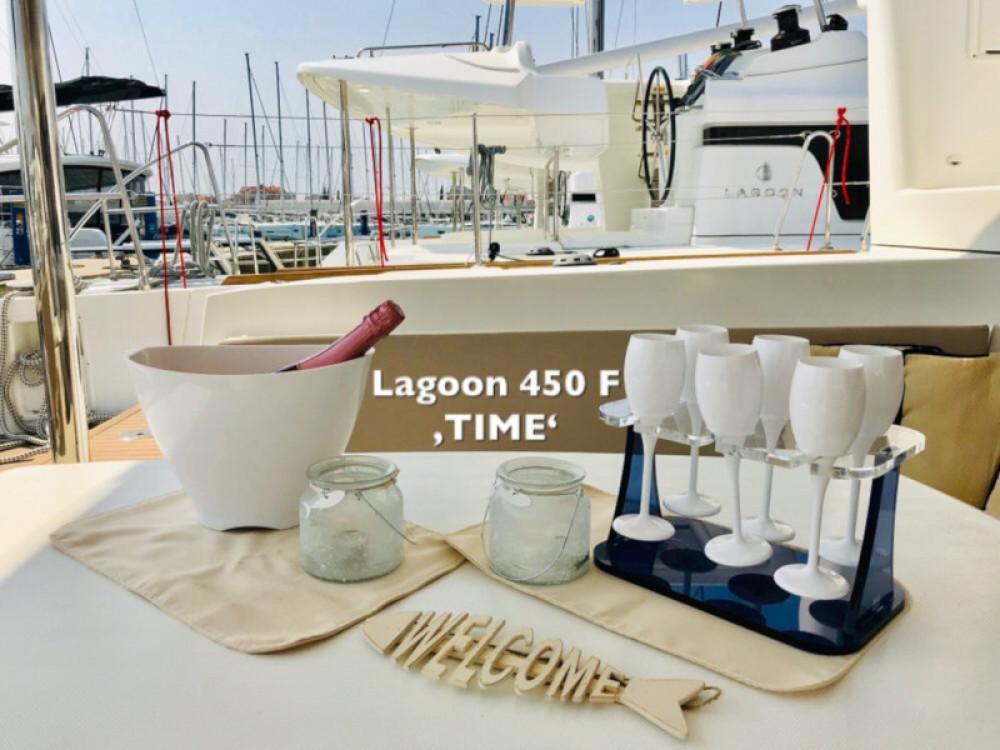 Lagoon Lagoon 450 F between personal and professional Sukošan