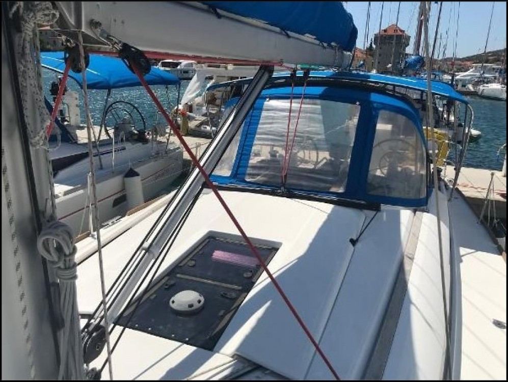 Boat rental Split cheap Sun Odyssey 409