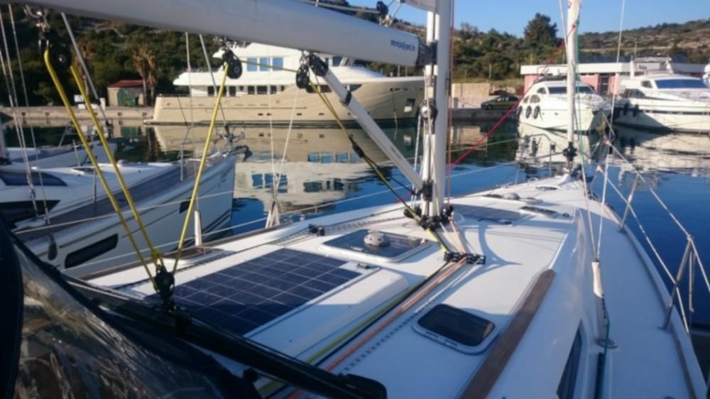 Rental Sailboat in Grad Biograd na Moru - Jeanneau Sun Odyssey 42i