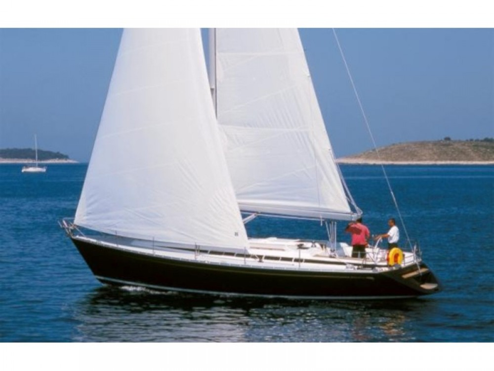 Hire Sailboat with or without skipper Grand Soleil Trogir