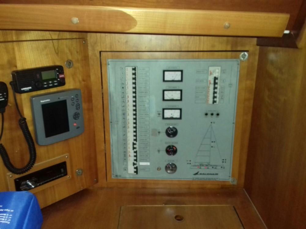 Rental Sailboat in Trogir - Salona Salona 45