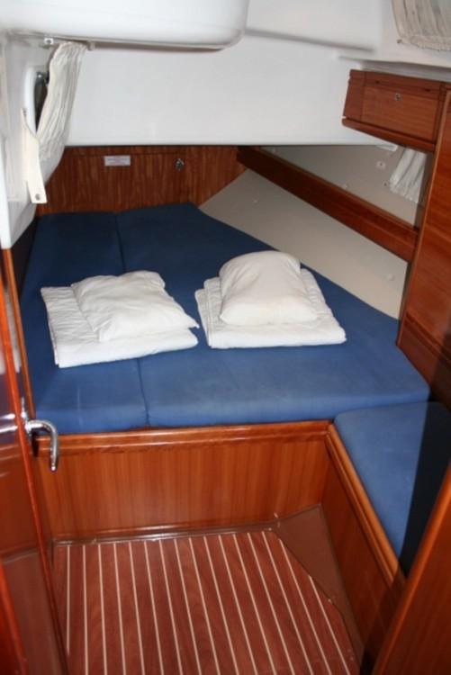 Boat rental Bavaria Bavaria 50 Cruiser in Trogir on Samboat