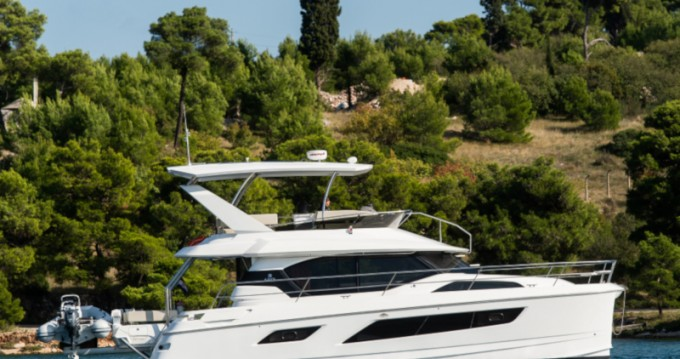 Boat rental  Aquila 44 Power catamaran in Šibenik on Samboat