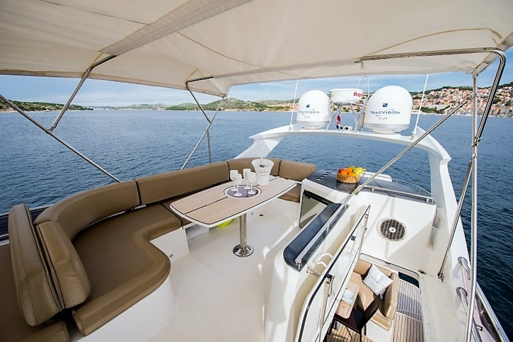 Yacht for rent Sibenik at the best price