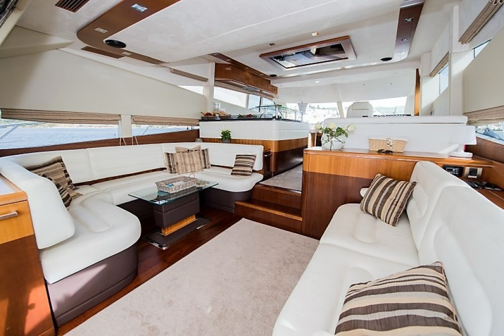 Rental Yacht in Sibenik - Galeon Galeon 640 Fly