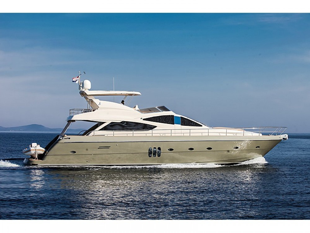 Rental Yacht Abacus with a permit