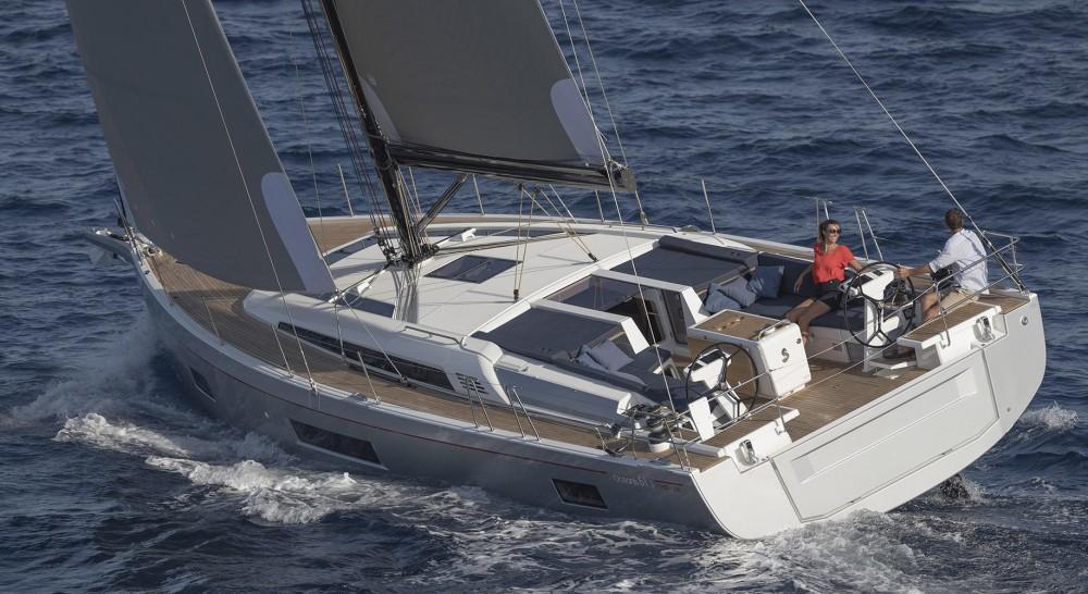 Rental Sailboat in Olympic Marina - Bénéteau Oceanis 51.1