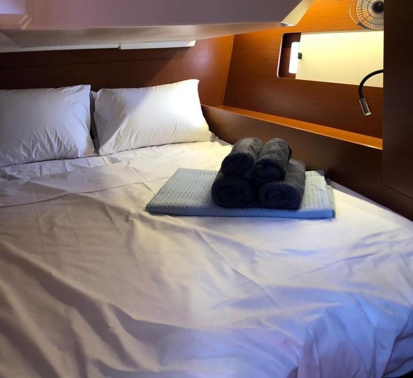 Boat rental Lávrio cheap Oceanis 46.1