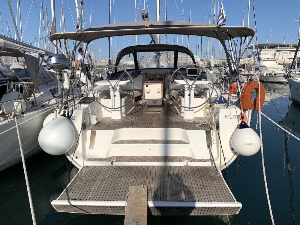 Hire Sailboat with or without skipper Bavaria Laurium