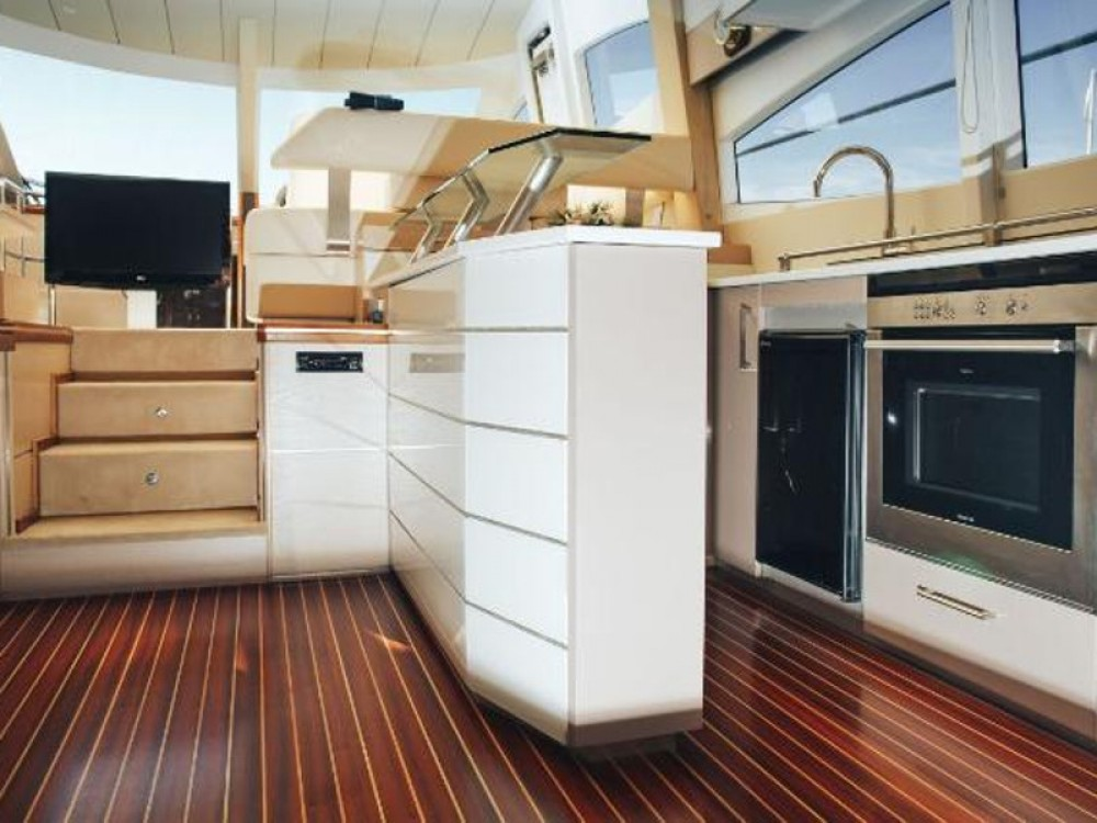 Yacht for rent Zea Marina at the best price
