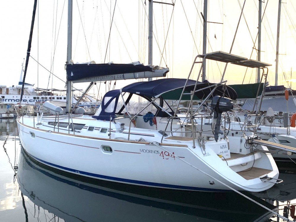 Jeanneau Sun Odyssey 49 between personal and professional