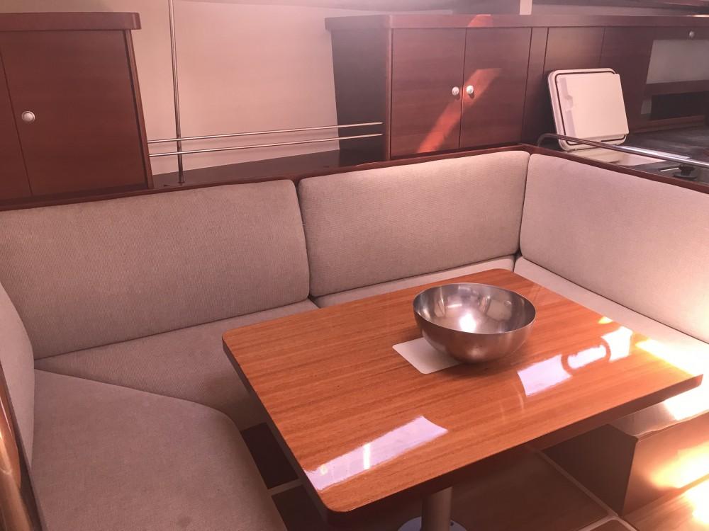 Boat rental Alimos Marina cheap Hanse 400