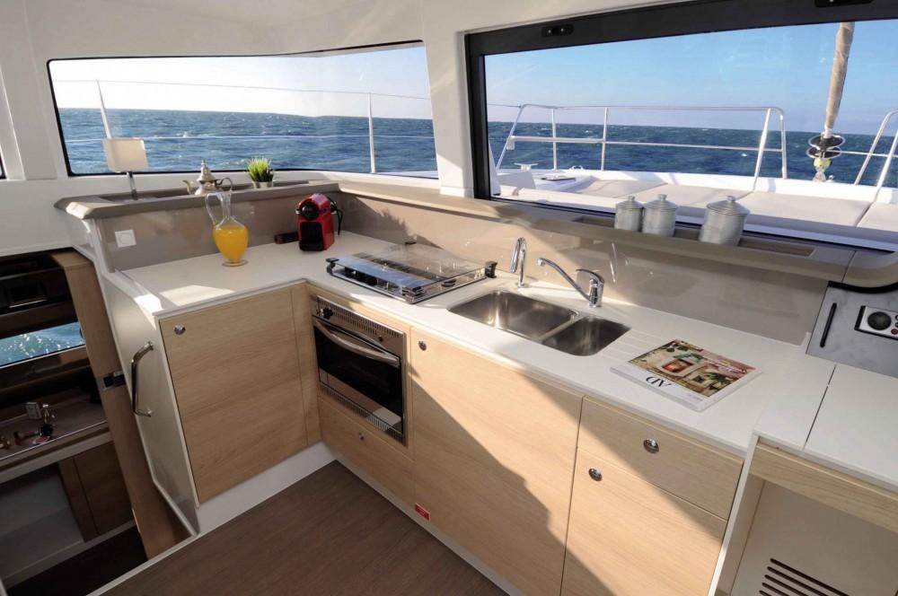 Rental yacht Lávrio - Bali Bali 4.1 on SamBoat