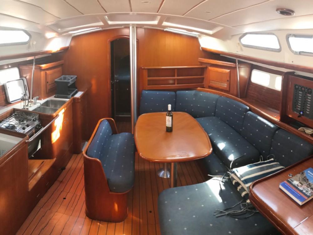 Rental Sailboat in  - Bénéteau Oceanis 423