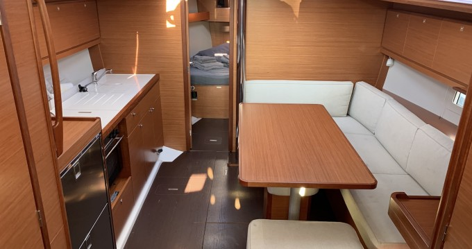 Hire Sailboat with or without skipper Dufour Lávrio