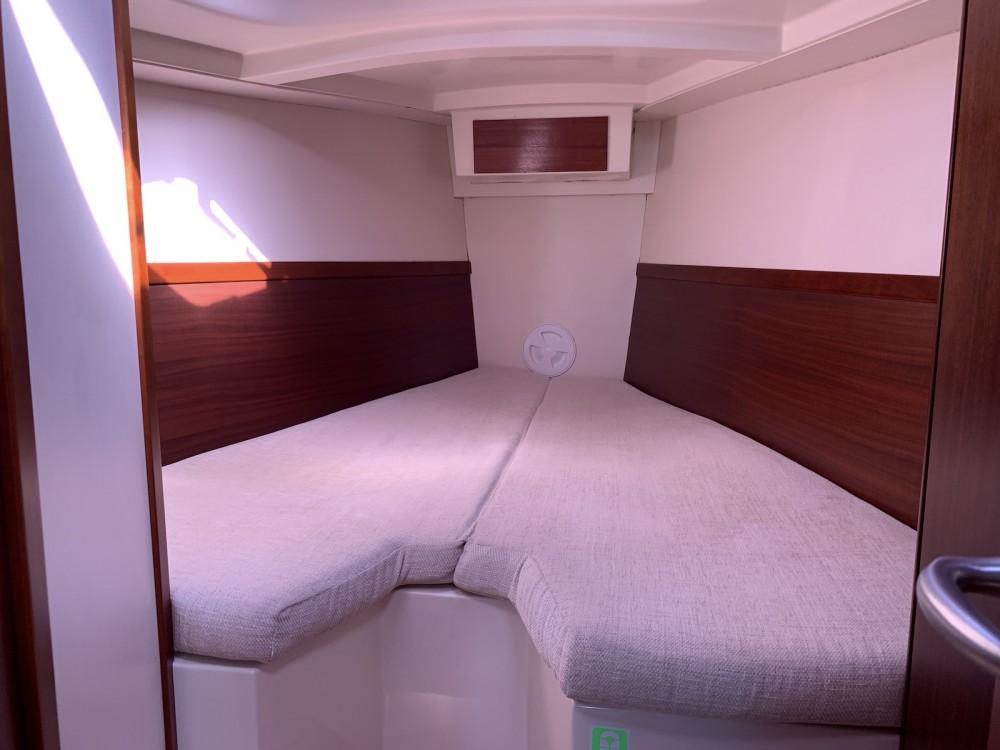 Rental yacht Laurium - Hanse Hanse 350 on SamBoat