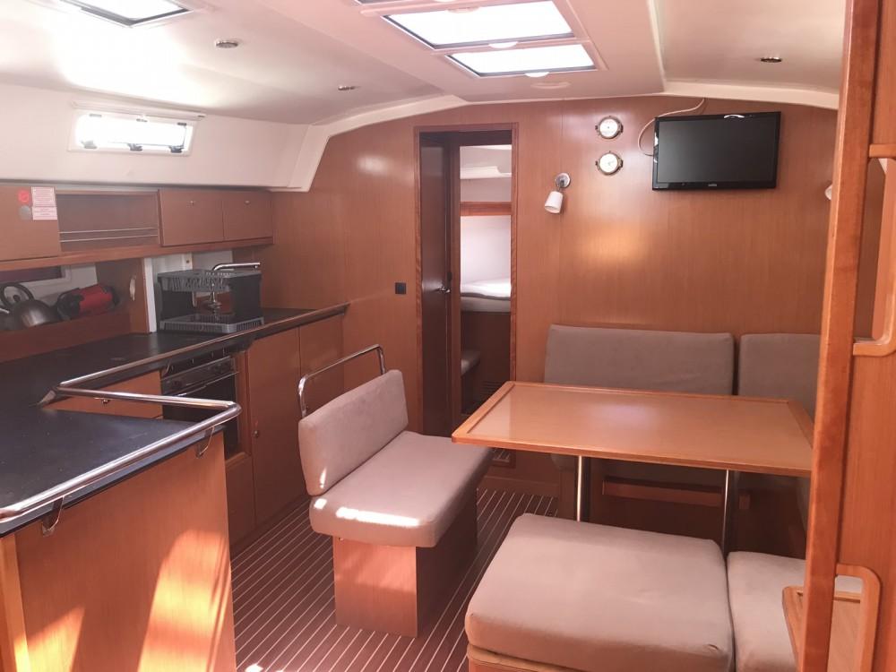 Bavaria Bavaria Cruiser 45 between personal and professional