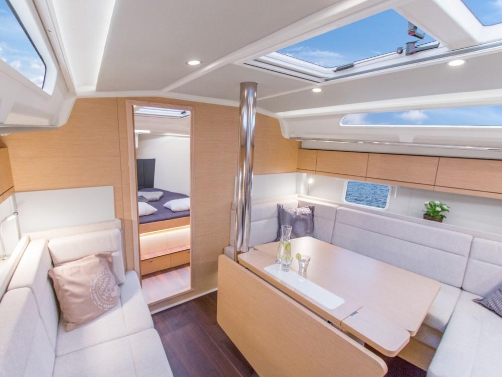 Rental Sailboat in Laurium - Hanse Hanse 418