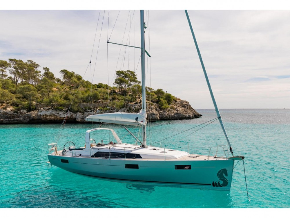 Bénéteau Oceanis 411 between personal and professional Laurium