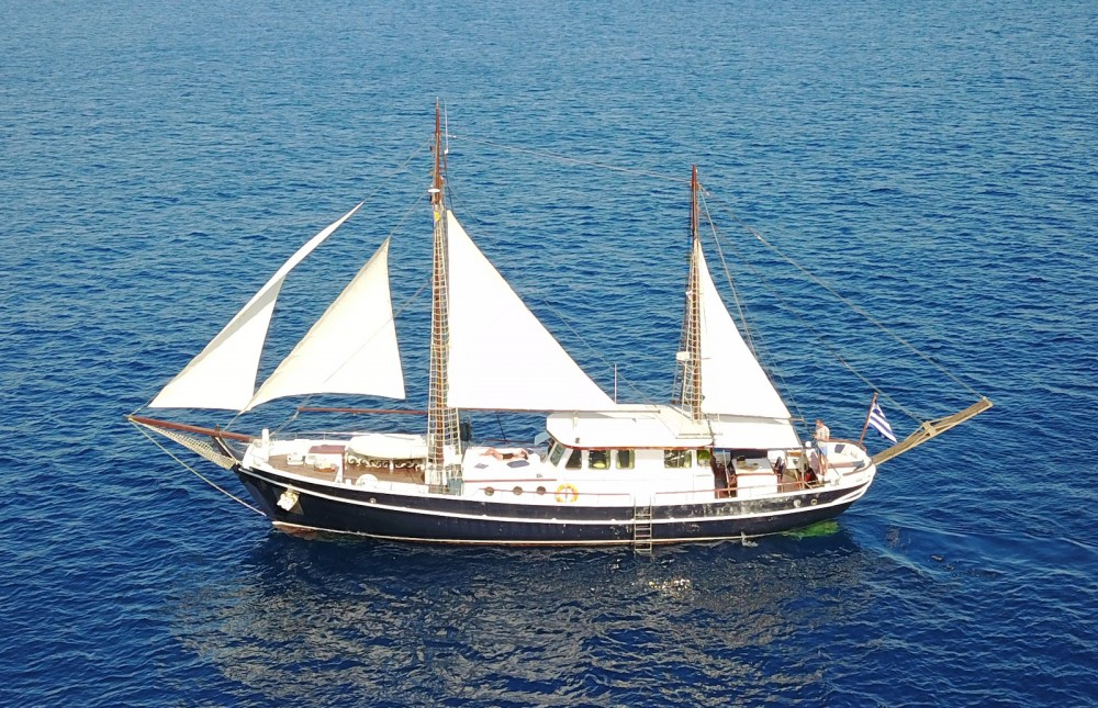 Rental Sailboat in Alimos Marina -  Joanna K