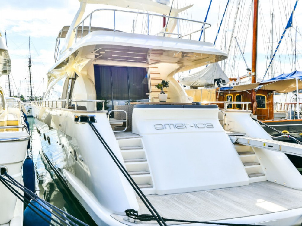 Yacht for rent Marina Zeas at the best price