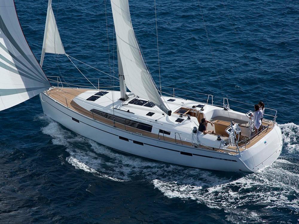 Boat rental Álimos cheap Bavaria Cruiser 46