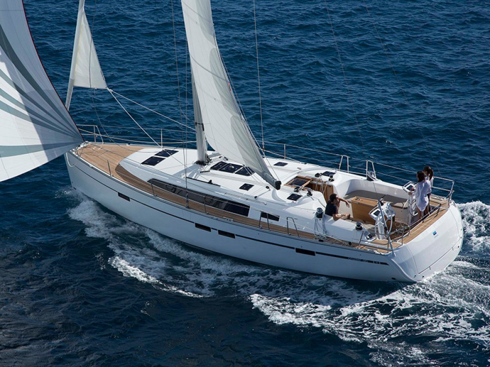 Boat rental Bavaria Bavaria Cruiser 46 in Skiathos on Samboat