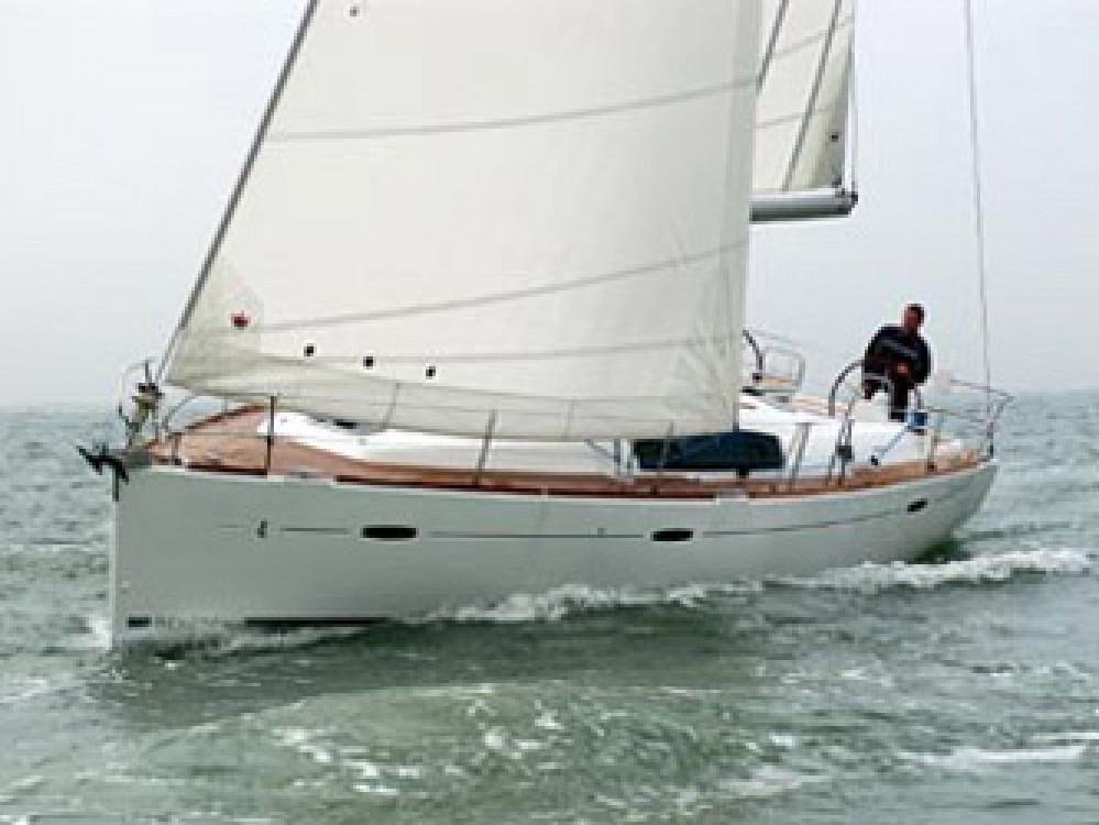 Boat rental Skiathos cheap Oceanis 43